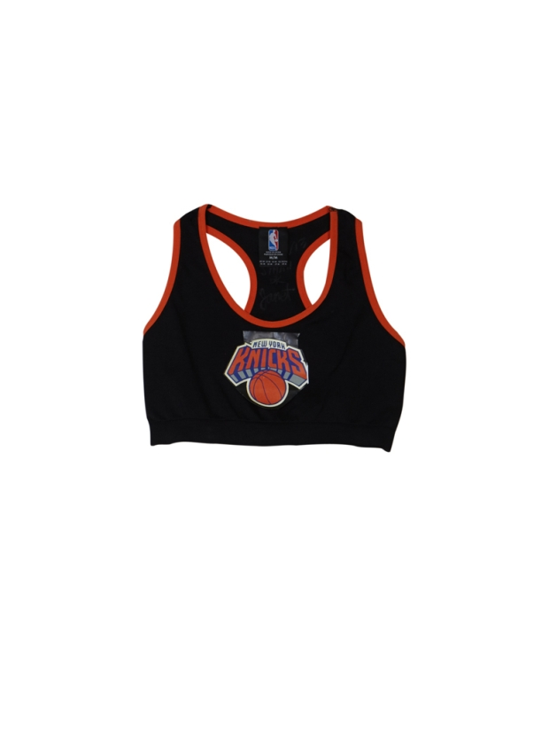 La-brassiere-New-York-Knicks-Forever-21-x-NBA_exact780x1040_p
